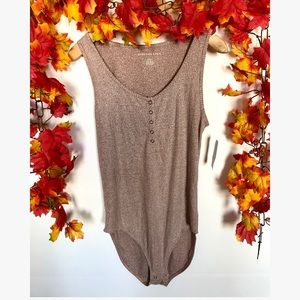 American Eagle NWT bodysuit medium